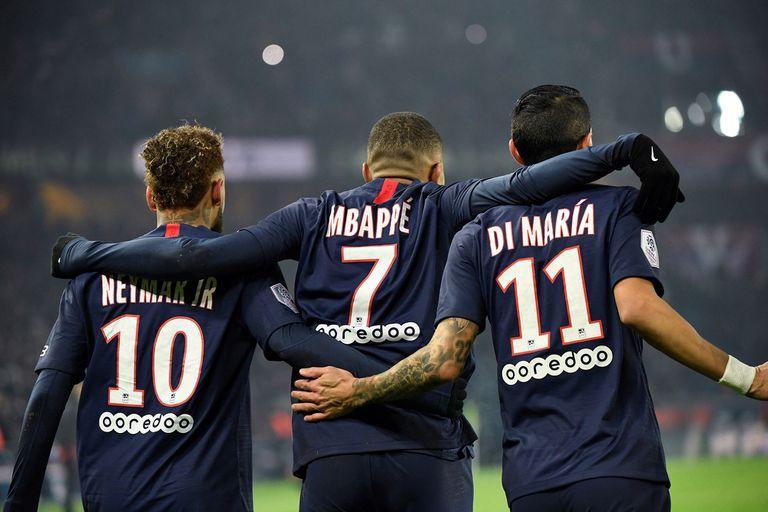 Neymar, Kylian Mbappé y ahora Di María tienen contratos con PSG hasta 2022; el brasileño, el francés y el argentino conforman uno de los grandes ataques del mundo del fútbol.