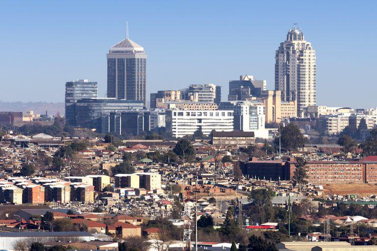 Johannesburgo: las dos caras de la ciudad, con reflejos del conurbano