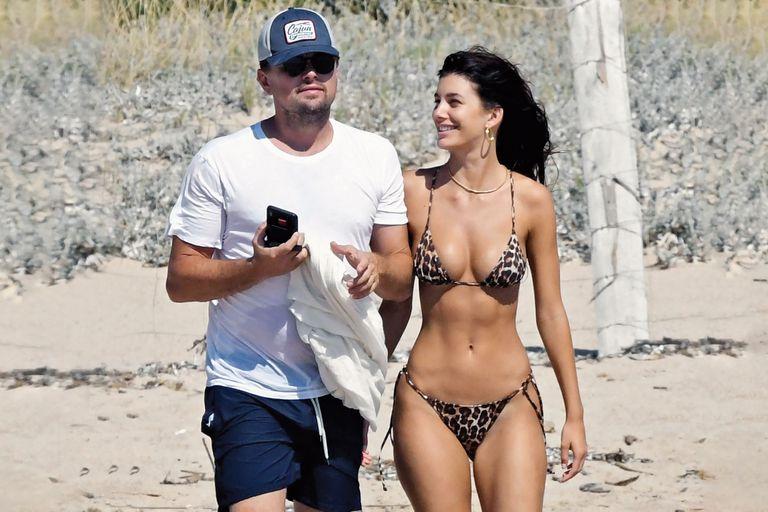 Camila Morrone y Leo DiCaprio. Celebraron 18 meses de amor en el Mediterráneo