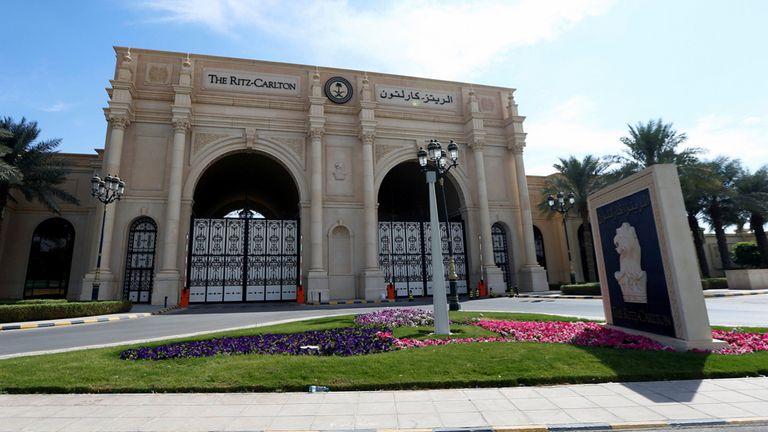 Arabia Saudita atraviesa una campaña anti corrupción que arrancó el sábado a la noche con el arresto de decenas de personas, por lo menos 11 príncipes