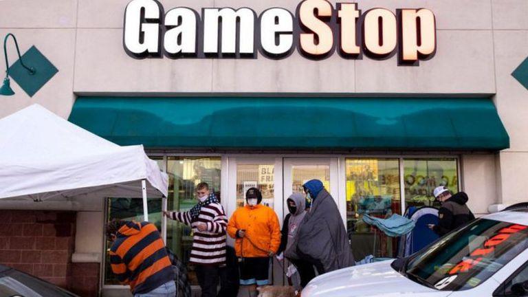GameStop: cómo inversores aficionados se enfrentaron a Wall Street y ganaron