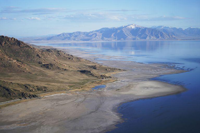 Foto tomada el 4 de mayo del 2021 del Great Salt Lake en Utah