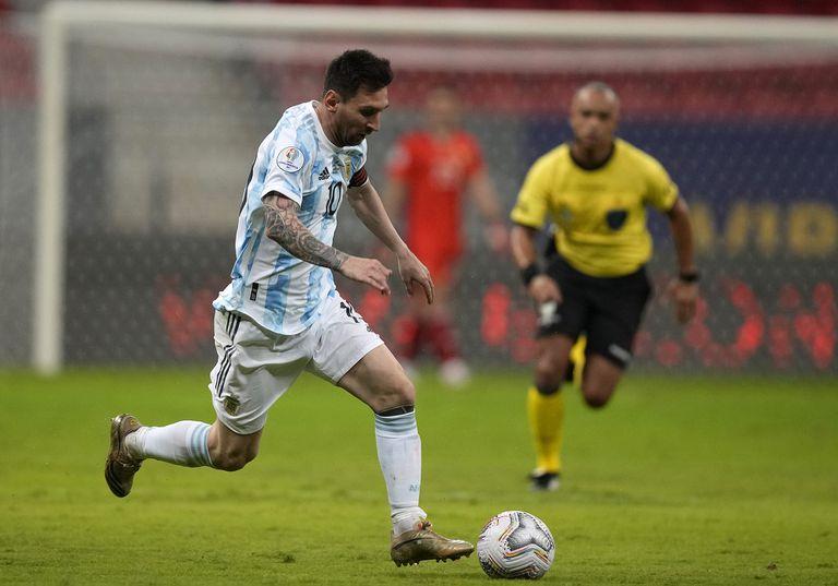 El gol del menos esperado y el tiro libre de Messi que rechazó... Otamendi