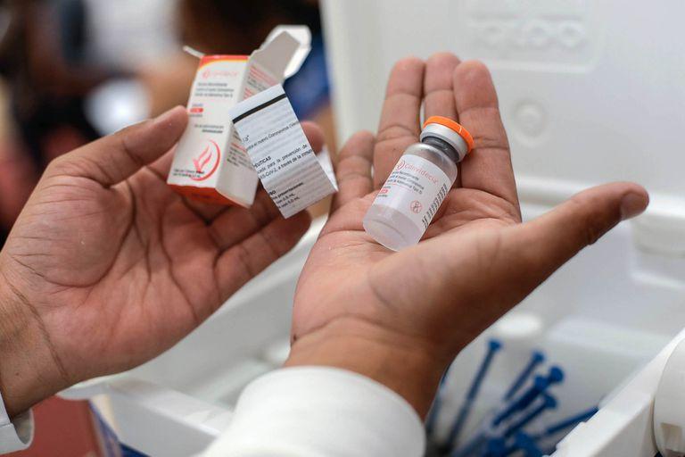 Buscan 450 voluntarios para estudiar la vacuna de CanSino como segunda dosis de Sputnik V