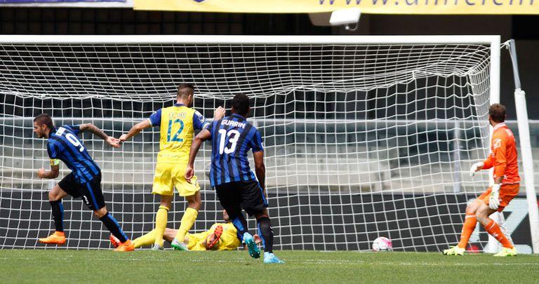 Con un golazo 'a lo Messi', Mauro Icardi se lució en el triunfo de Inter ante Ch