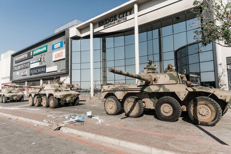 Despliegue de las Fuerzas Armadas en KwaZulu-Natal