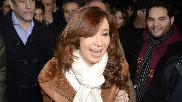 Cristina enfrenta varios desafíos judiciales
