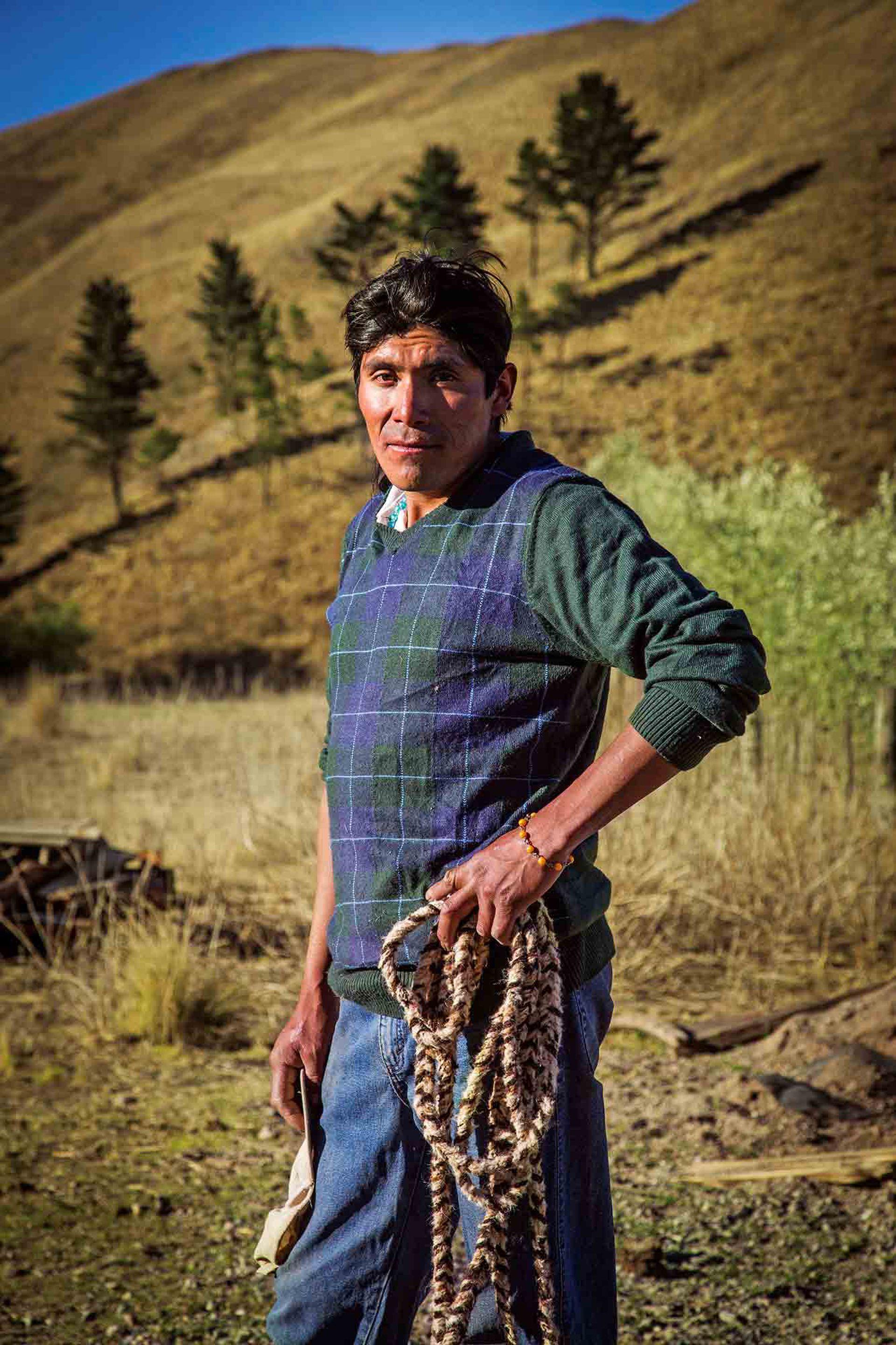Rodrigo Fernández, baqueano todoterreno de Rumiyoc, en Volcán