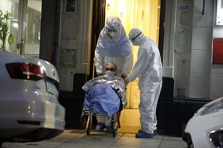 Los geriátricos forman parte de los subgrupos de riesgos que estableció la ciudad para darle prioridad a las medidas preventivas