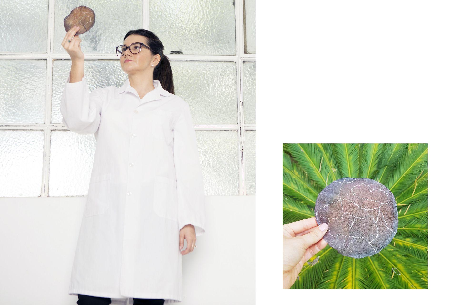 Verónica Bergottini cultiva biomateriales producidos por microrganismos para vestidos y carteras