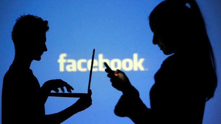 Los usuarios de Facebook e Instagram podrán controlar los anuncios políticos