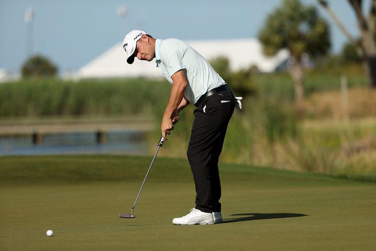 Emiliano Grillo terminó con 77 impactos, una tarjeta que lo obligará a extremar recursos el viernes para poder pasar el corte clasificatorio del PGA Championship