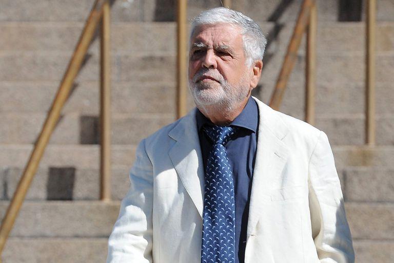 El Tribunal Oral Federal 4 rechazó un pedido de los familiares de las víctimas de la tragedia de Once y dispuso que Julio De Vido siguiera en libertad