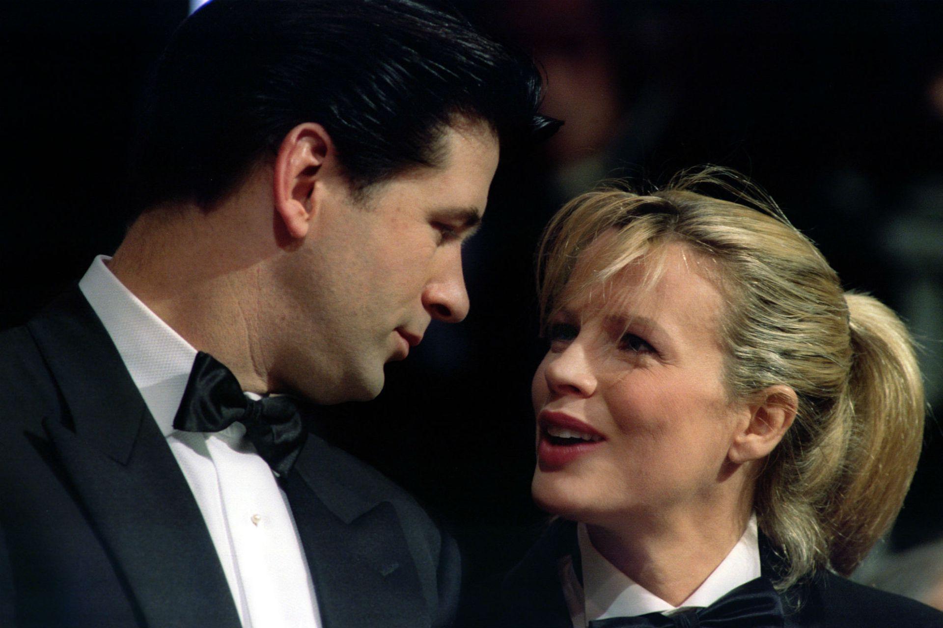 Kim Basinger y Alec Baldwin se casaron en 1993 y se divorciaron en 2002; tienen una hija en común, Ireland