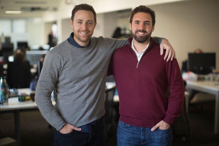 Ariel Burschtin y Álvaro García, fundadores de Pedidos Ya, dejaron este año sus puestos de liderazgo diario en la empresa.