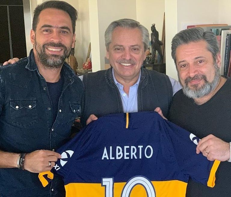 Santiago Carreras, Alberto Fernández y Víctor Santa María