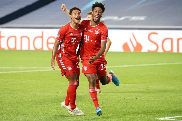 Coman festeja con Gnabry el gol más importante de su sufrida carrera: valió una Champions