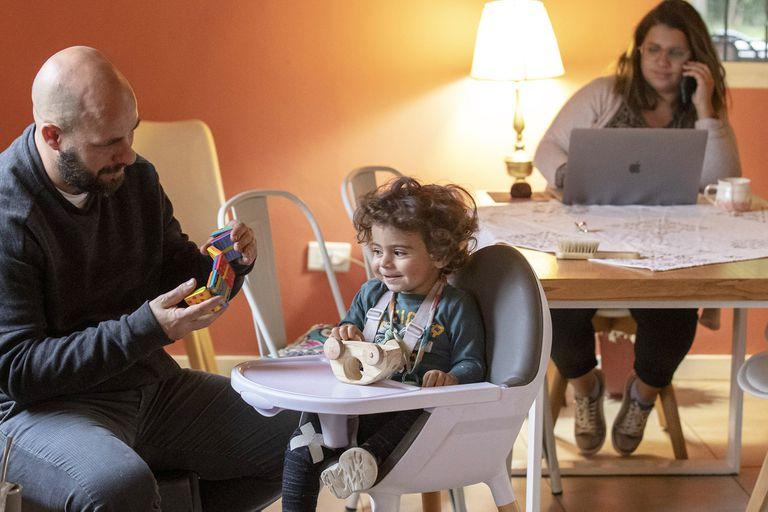 """""""Repartamos"""": el cuidado y las tareas domésticas, en debate familiar"""
