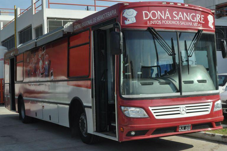 El hospital Garrahan presentó la unidad móvil para donantes de sangre, con la que podrán ir a distintas instituciones para realizar colectas de sangre
