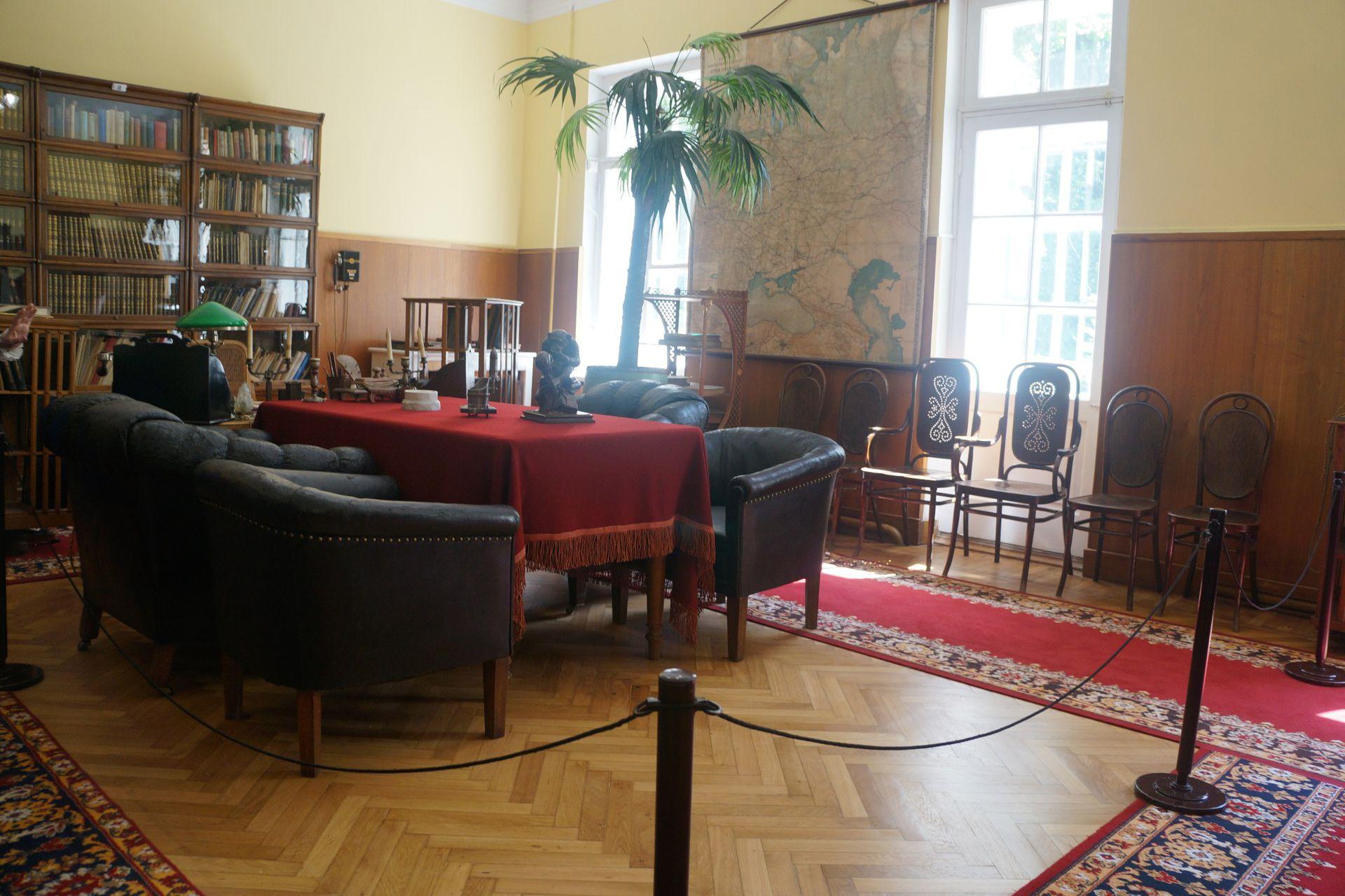 Uno de los ambientes en los que Lenin tenía reuniones informales