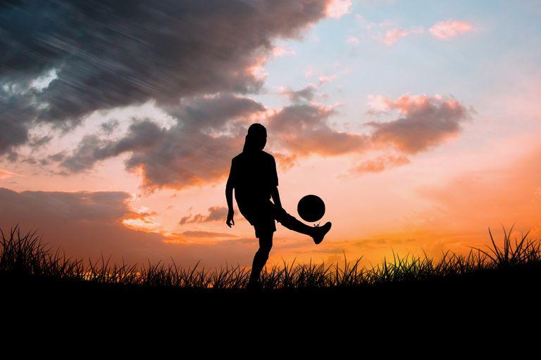 Los casos de abuso contra mujeres, también en el fútbol, estuvieron invisibilizados durante años. Ahora empiezan a salir a la luz.