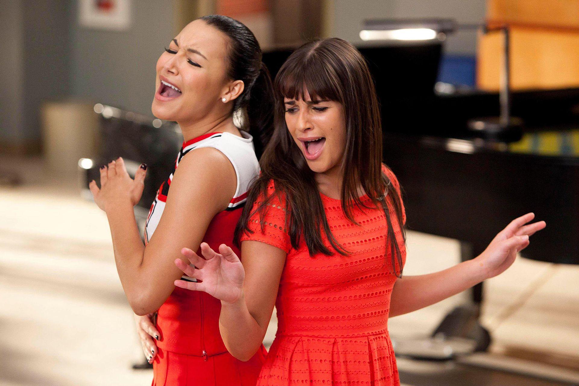 Naya Rivera y Lea Michele sólo sonrían frente a las cámaras