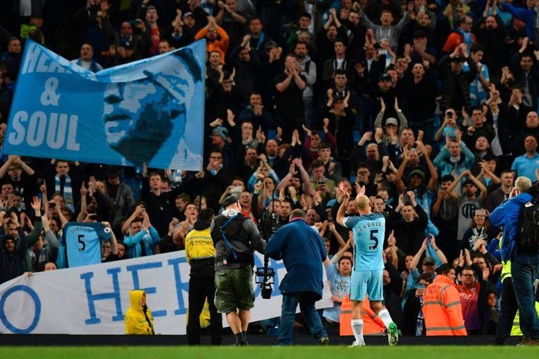ïdolo en Manchester: los hinchas del City lo saludan con emoción en su último encuentro con los Citizens
