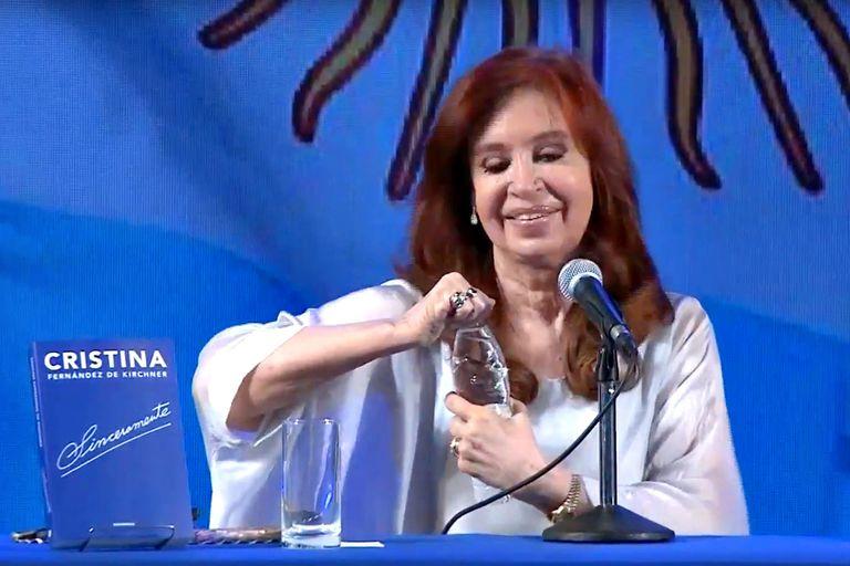 """Cristina Kirchner presentará """"Sinceramente"""" en la Feria del Libro de Cuba"""