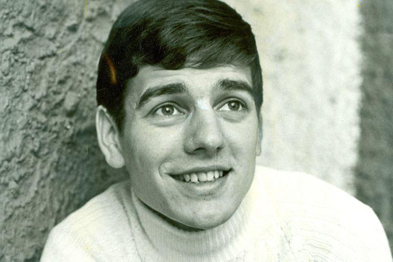Una imagen del adolescente Héctor Omar Hoffmann Fenzel, antes de adoptar el nombre artístico de Sergio Denis