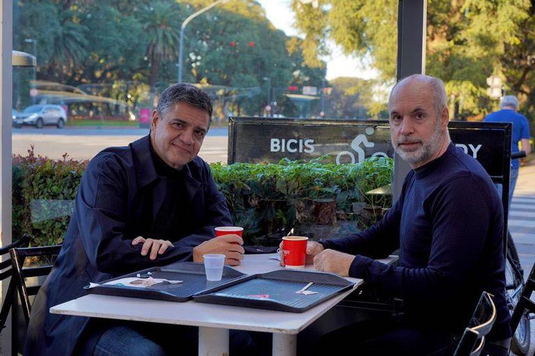 Jorge Macri y Horacio Rodríguez Larreta, durante la cumbre en Palermo para firmar la paz