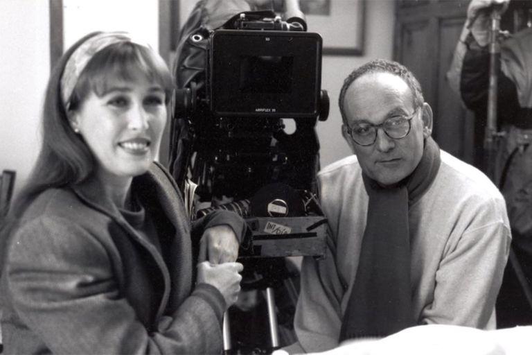 Camus junto a la actriz Verónica Forqué en el rodaje de Amor propio