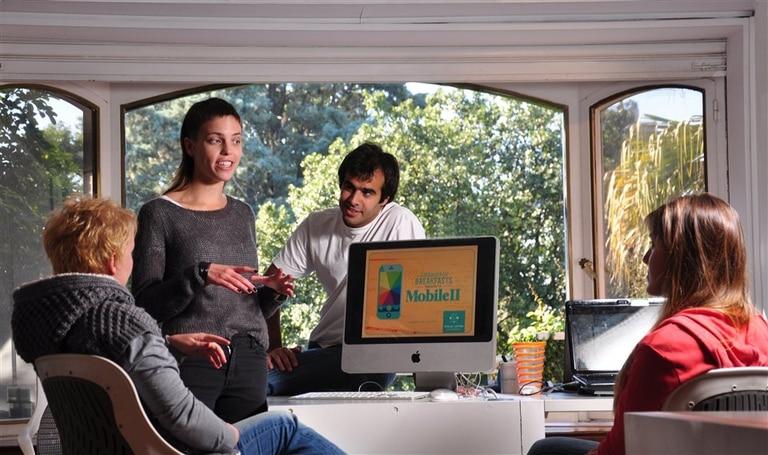 Emilia Astrom, sueca, abrió su propio estudio en el barrio de Belgrano