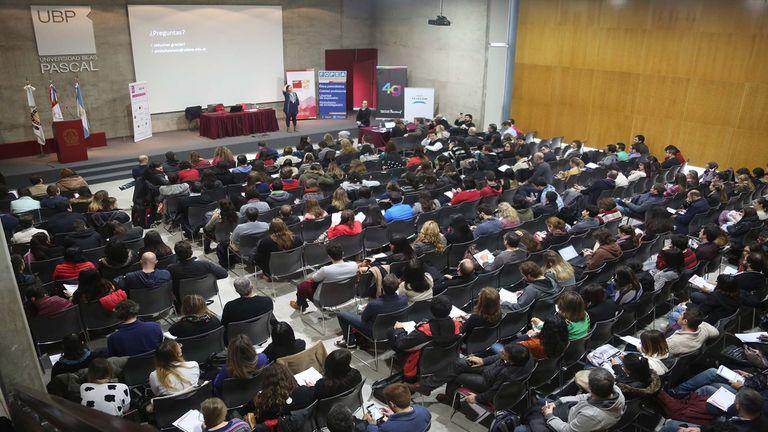 Al campus de la Universidad Blas Pascal de Córdoba llegan profesionales y estudiantes de todo el país y la región