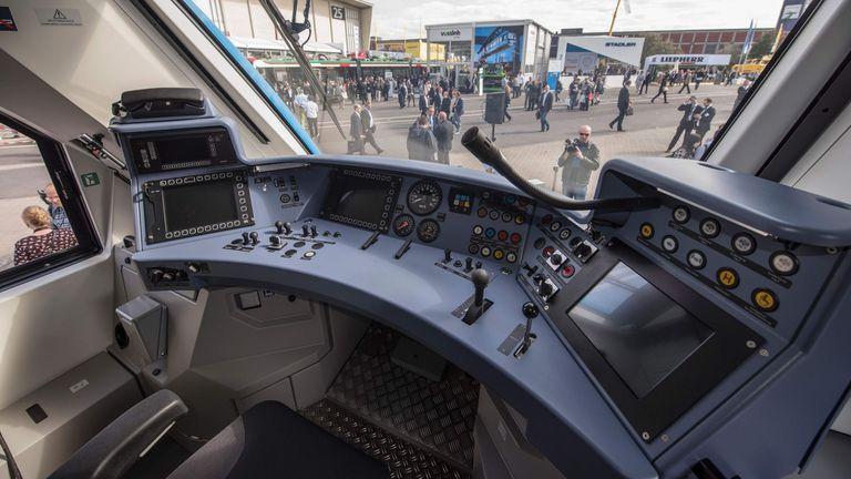 El control del iLint, el primer tren de pasajeros que usa hidrógeno como combustible