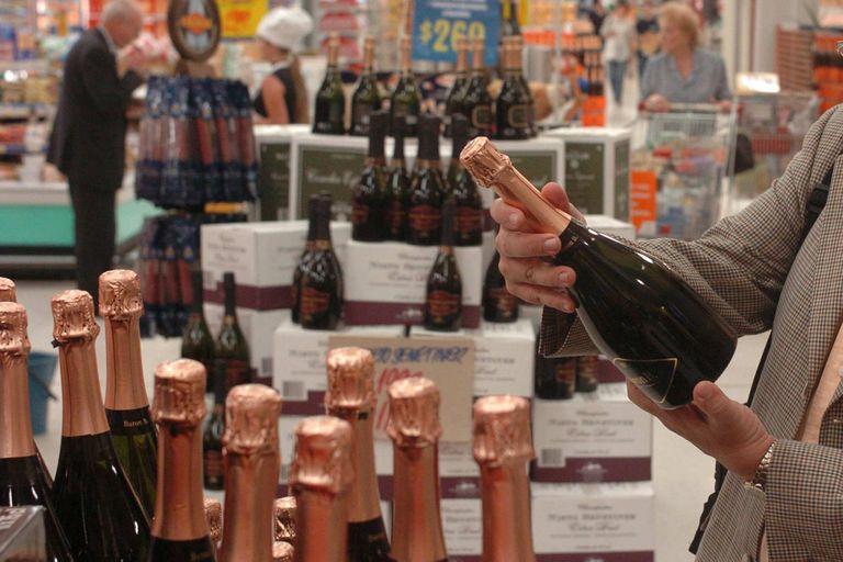 Hasta qué hora se puede comprar alcohol por la veda electoral