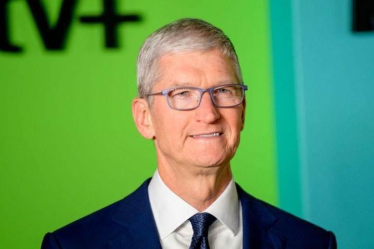 Tim Cook, director ejecutivo de Apple, es conocido por hacer largas pausas antes de responder una pregunta