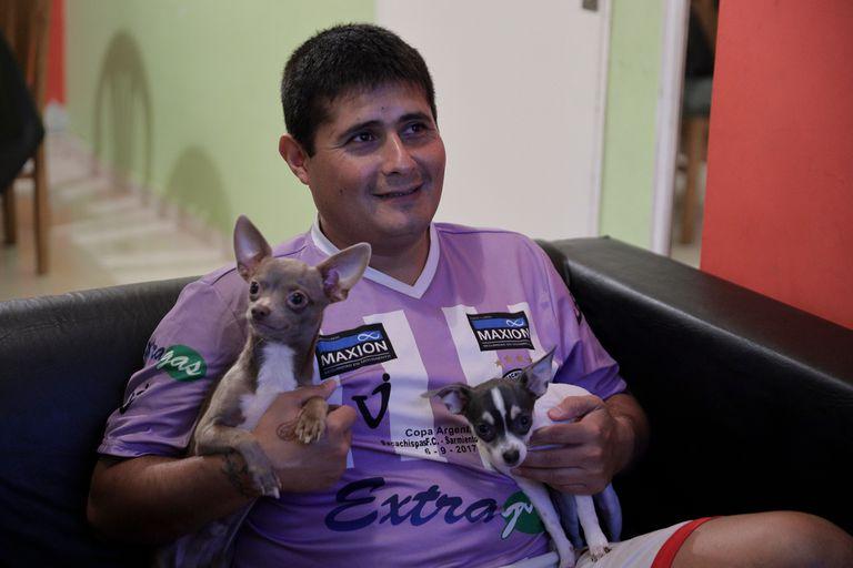 Dario Carpintero de 38 años es referente de Sacachispas, tiene un largo recorrido en el fútbol de ascenso.
