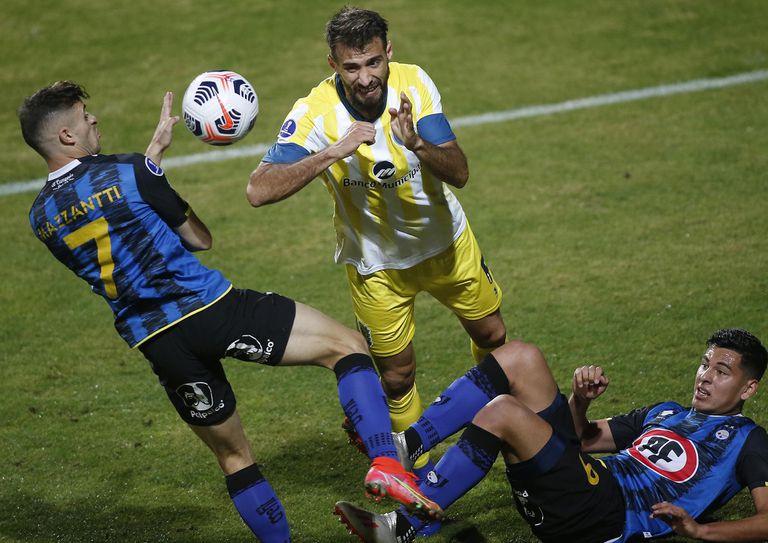 Sudamericana: Central un empate con Huachipato tras estar 0-1 con diez jugadores