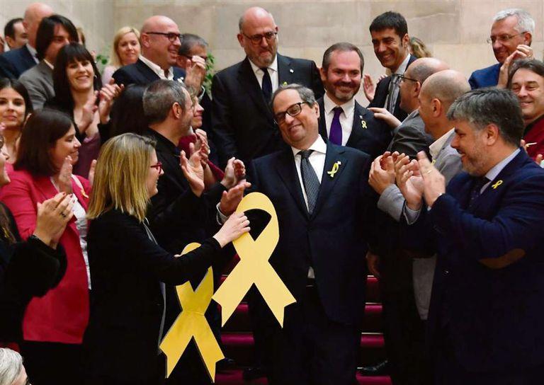Cataluña vuelve a tener gobierno tras 199 días