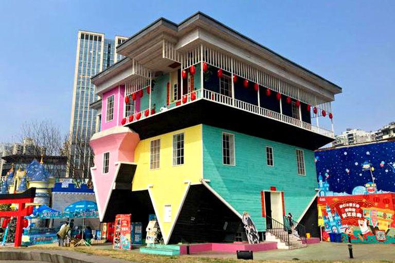 """Casa al revés"" en Daping, Chongqing"