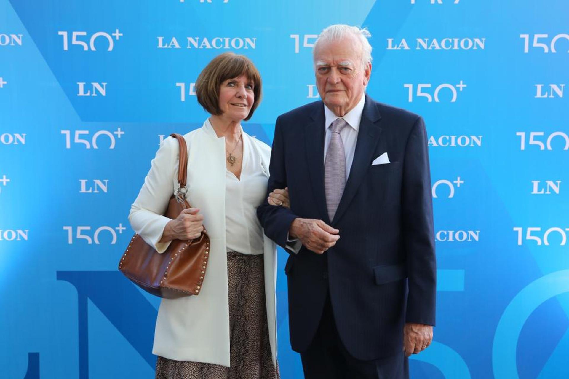 Alberto Gowland Mitre junto a su esposa
