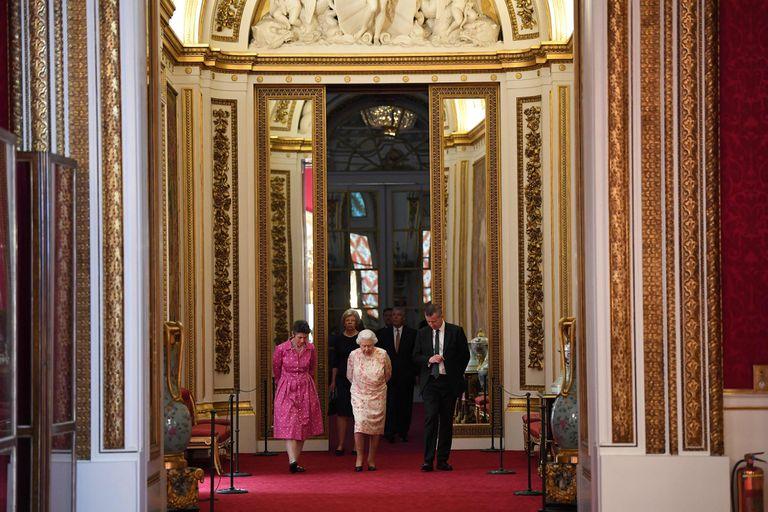 Por qué la reina Isabel nunca quiso vivir en el palacio de Buckingham