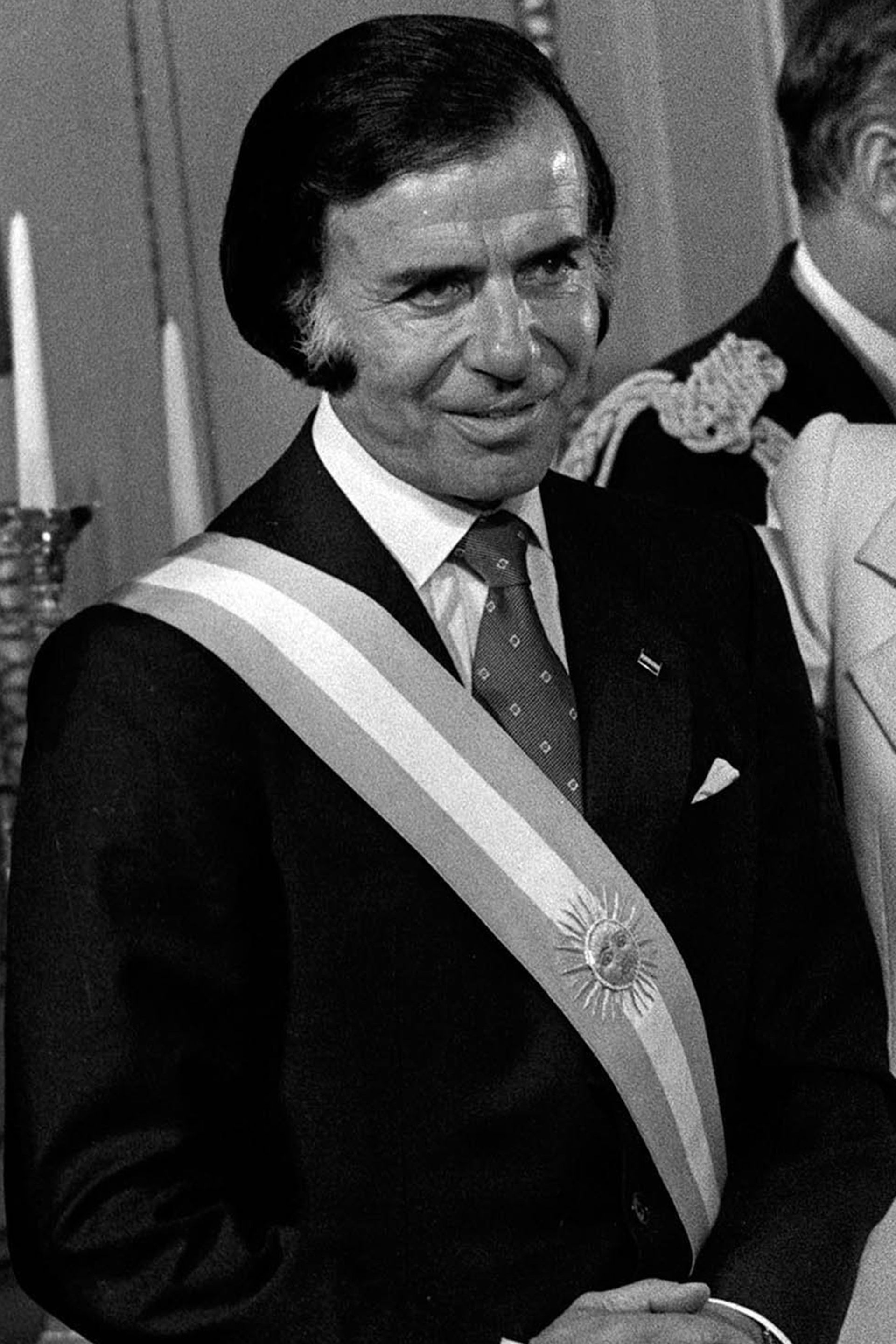 Carlos Menem durante la toma de mando presidencial, el 8 de julio de 1989