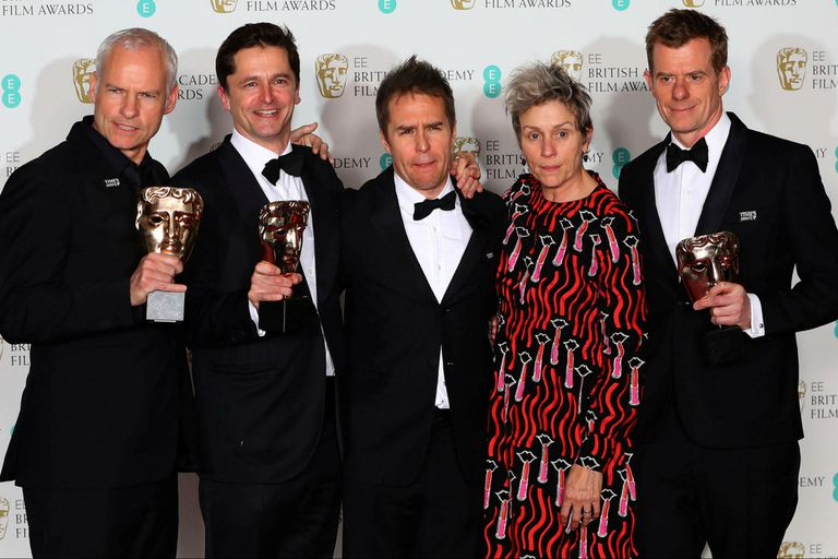 La película de Martin McDonagh sigue avanzando firme hacia el Oscar; Guillermo del Toro se alzó con el premio al mejor director por La forma del agua, y Gary Oldman se consagró como el mejor actor por Las horas más oscuras