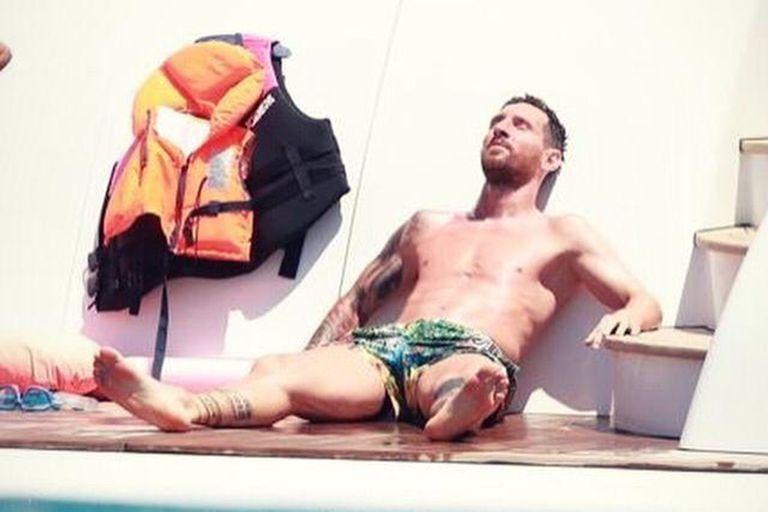 Lionel Messi descansa unos días en Ibiza antes de regresar a los entrenamientos.