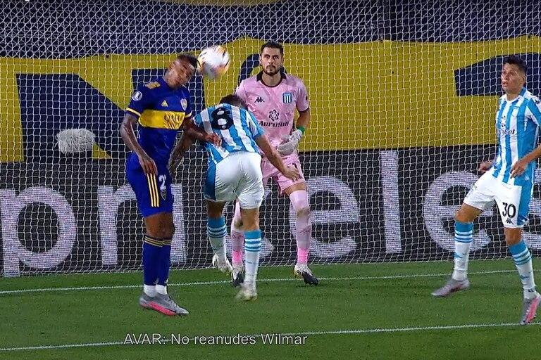 Boca-Racing: se conocieron los audios del VAR en las cuatro jugadas polémicas del partido por la Copa Libertadores