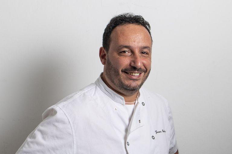 El chef de carta corta ofrece cajas gourmet con producto de alta calidad