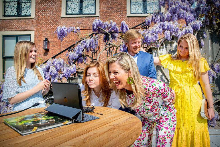 La princesa heredera, Amalia, fue la maestra de ceremonia en la apertura de un sitio web con fines benéficos.