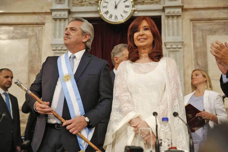 El presidente Alberto Fernández junto a la vicepresidenta Cristina Kirchner en la previa del discurso ante la Asamblea Legislativa