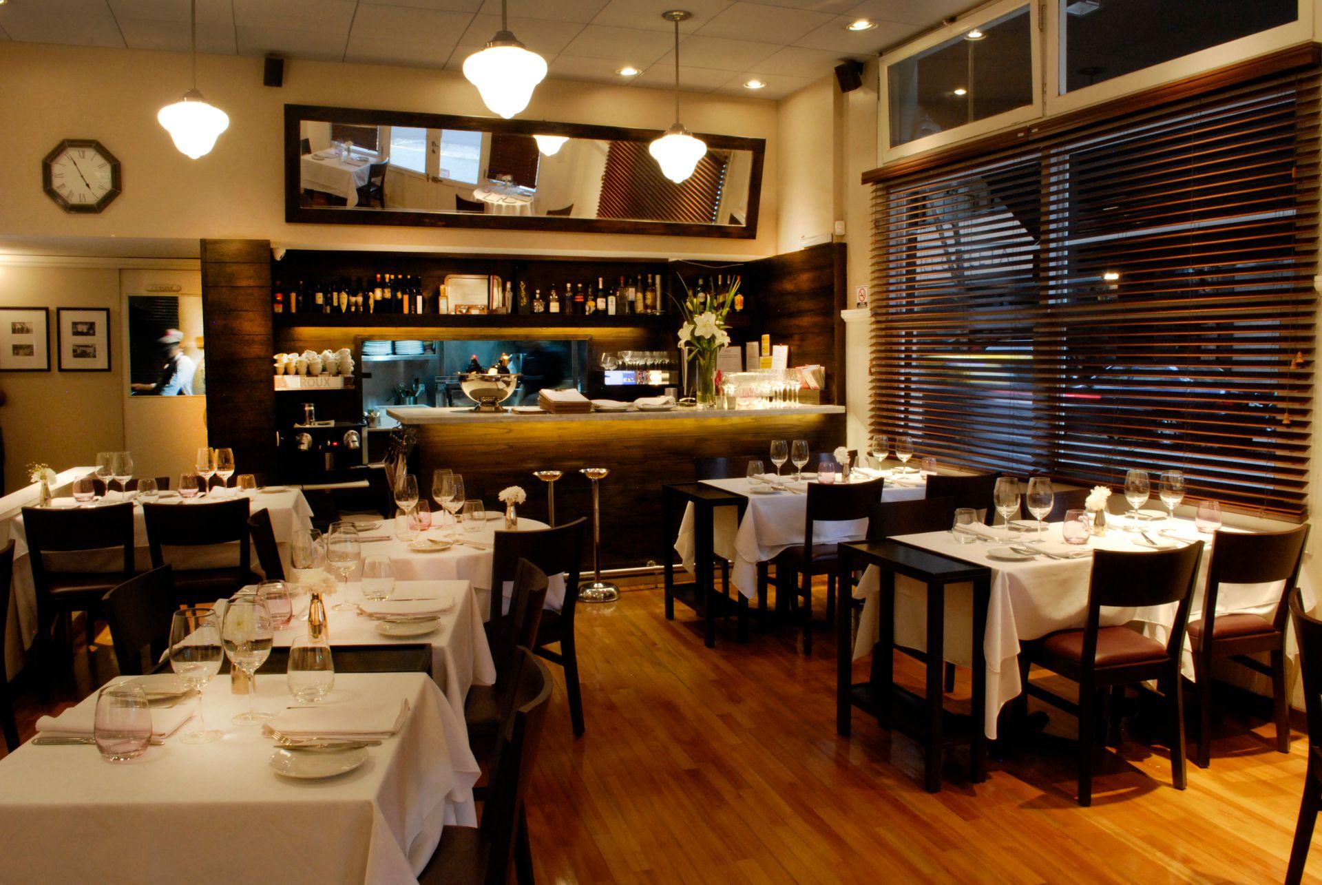 El elegante salón del restaurante Roux